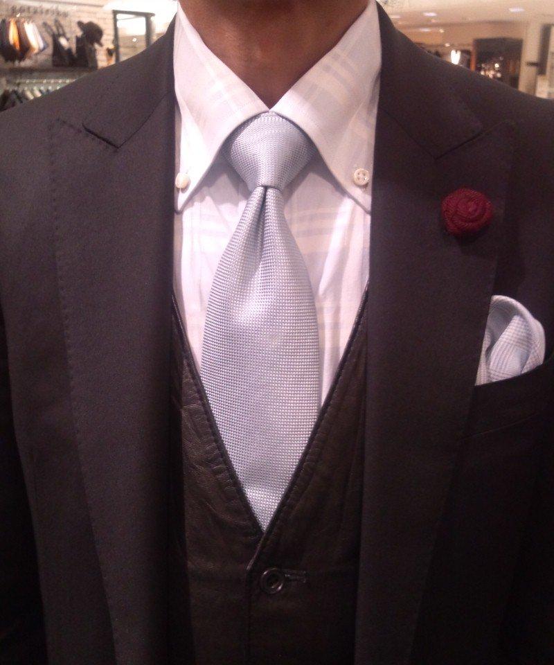ダブルノット ネクタイの結び方