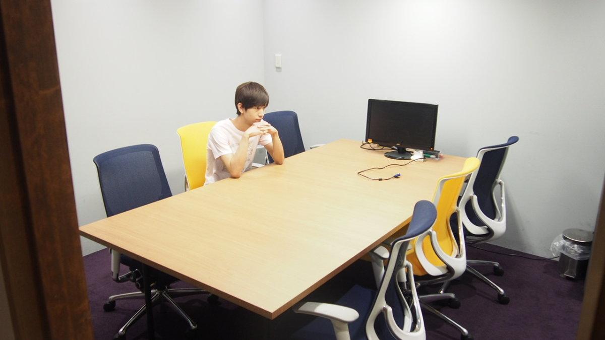 CyberBuzz サイバー・バズ 会議室