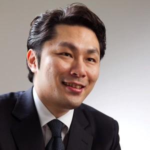 アブラハム・グループ・ホールディングス株式会社 社長 高岡壮一郎