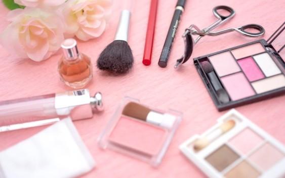 女性に人気な就職先化粧品業界!有名な化粧品会社7選