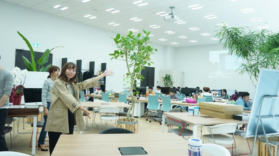 and factory アンドファクトリー 広いオフィス
