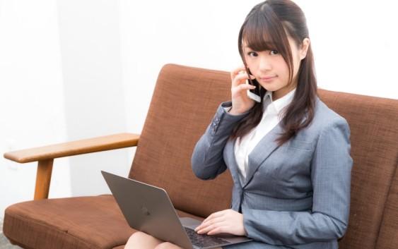 企業へ電話する時のマナーを知っていますか?時間帯や基本的な話し方を紹介!